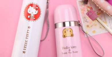 termos marca hello kitty